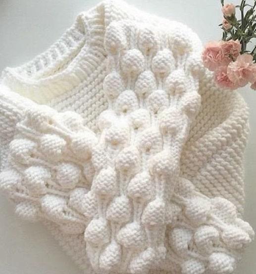 Пуловер узором малина