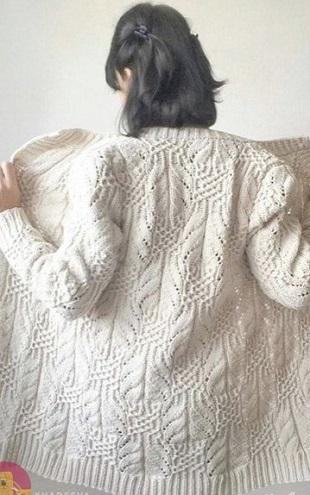 Образец вязания кардигана спицами